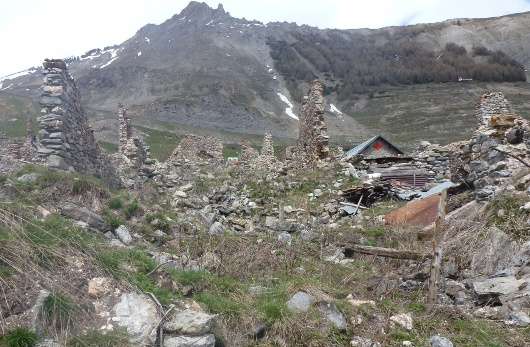 ruines du hameau de Grange